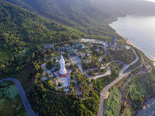 Chùa Linh Ứng - Đà Nẵng nhìn từ trên cao